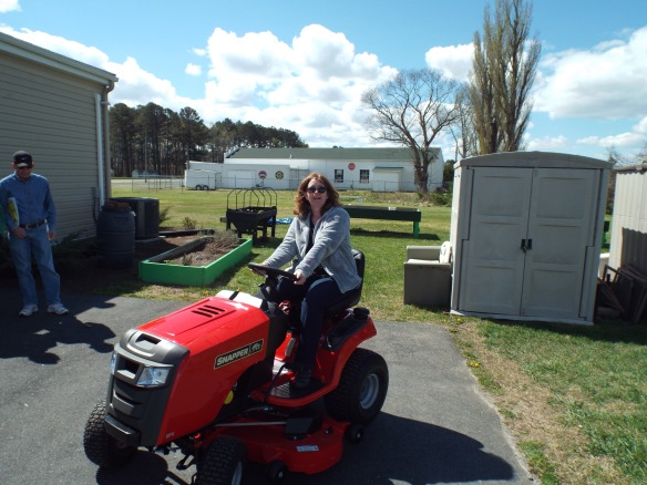 Rachel was very excited for the new lawn mower so we can cut our big new yard.